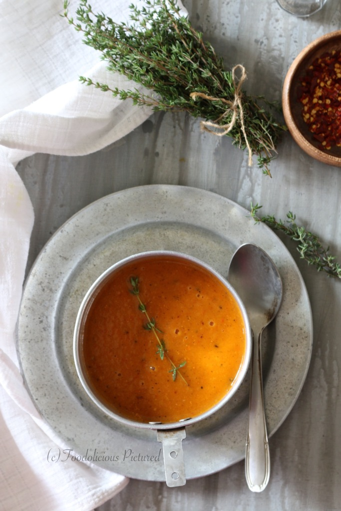 Roasted butternut squash and bell pepper soup