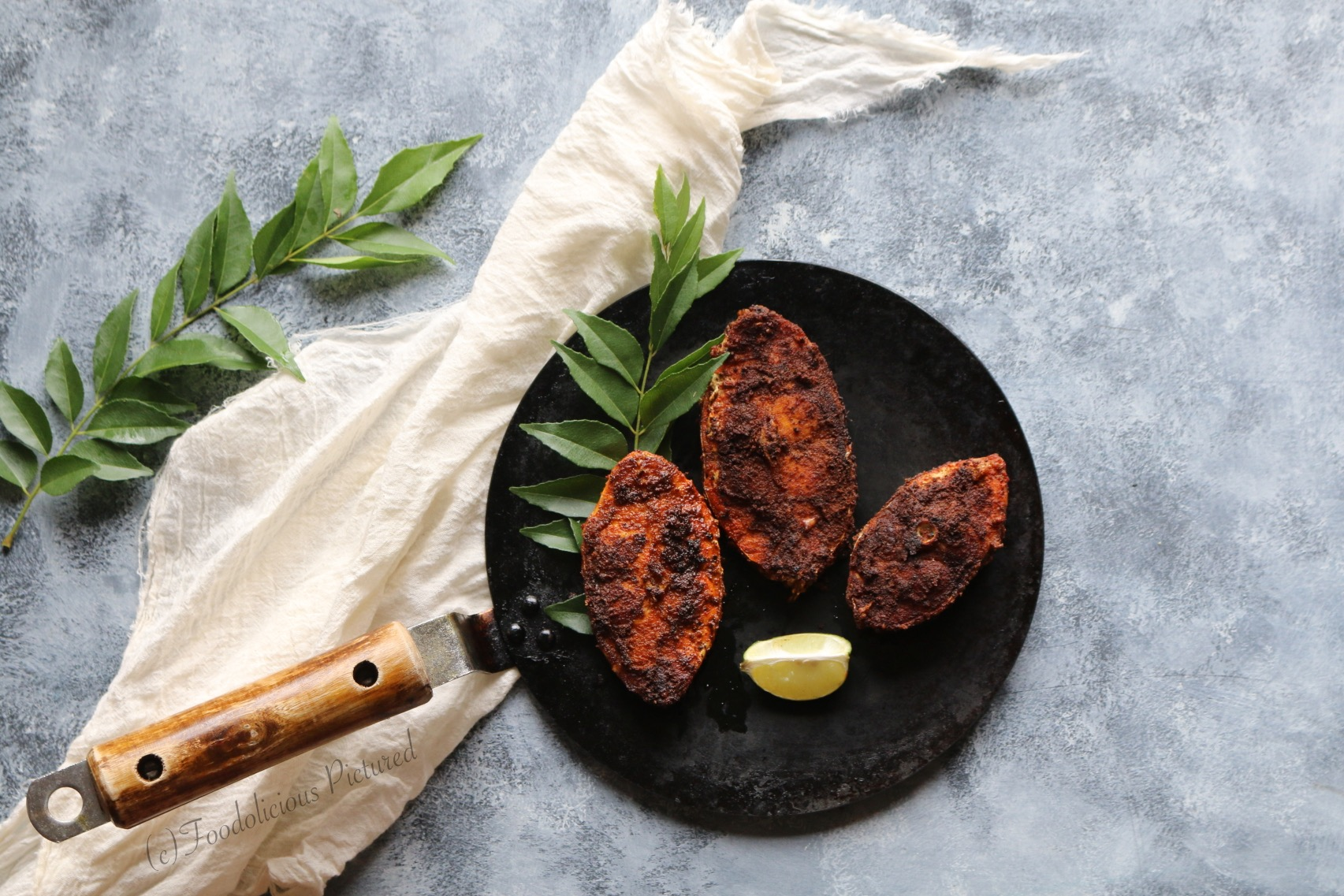 Meen varuthathu fish fry kerala style foodolicious for How do you fry fish